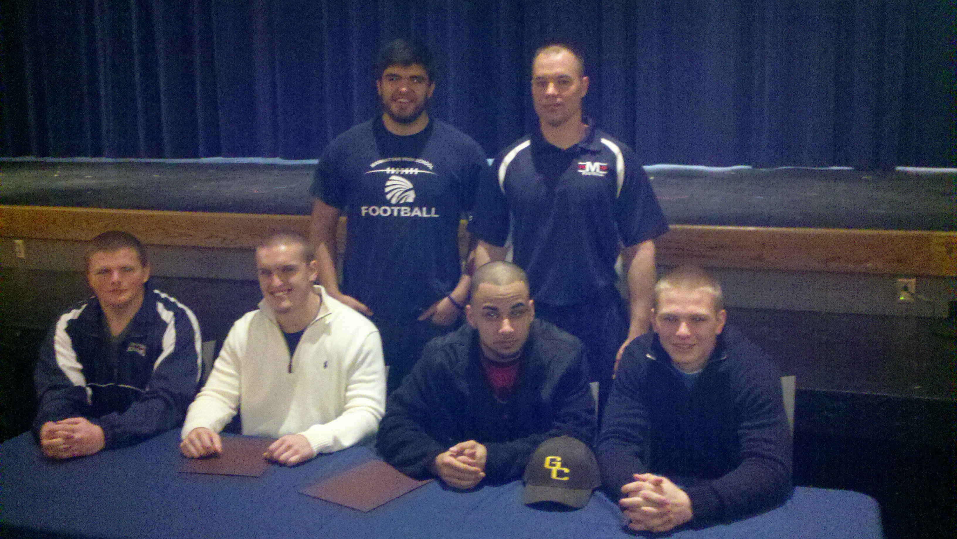 MHS_Football_Signees
