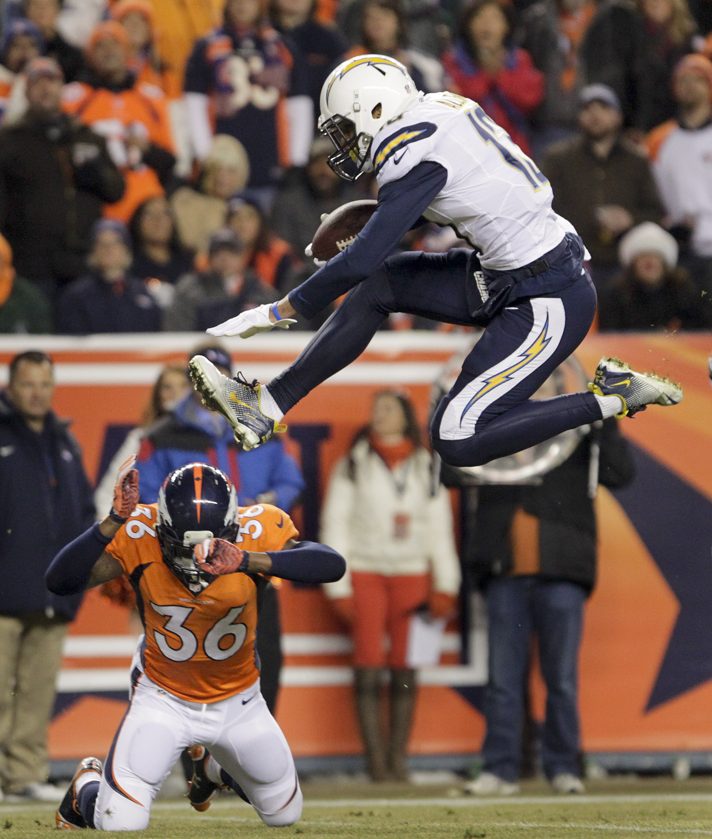San Diego Chargers At Denver Broncos: Chargers Stun Broncos