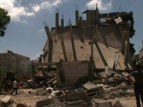 Nowhere to Go During Airstrikes in Gaza