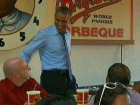 Obama Eats Ribs in Kansas City