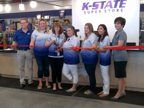 super store ribbon cutting 1