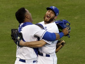 Greg Holland, Salvador Perez