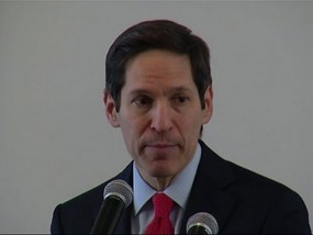 CDC Head Encouraged by Ebola Spending Plan