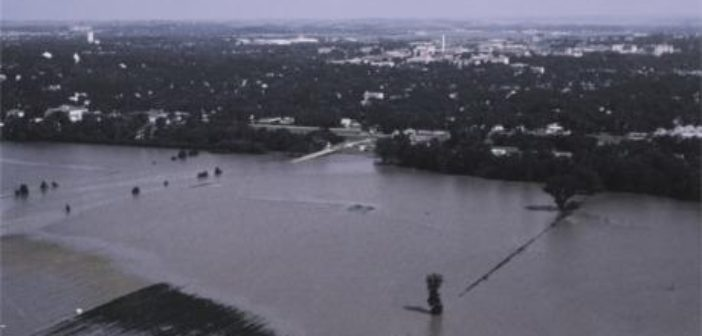 Collins: '93 flood showed 'resilience' of Manhattan, Riley County communities